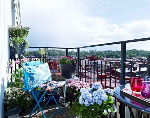balcon amenajat frumos