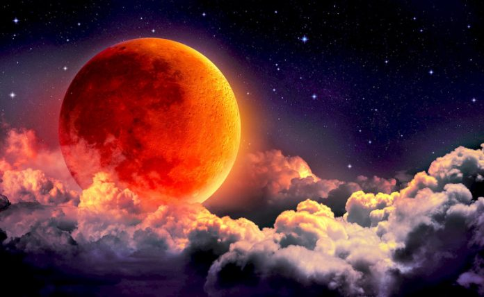 Super Luna Albastra Sangerie